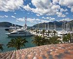 Марина Porto Montenegro в Черногории увеличивает число стояночных мест