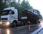 Компания Logex доставила в Москву яхту высотой 5,2 метра
