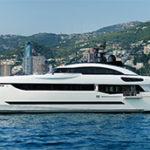 40-метровая суперъяхта Divine признана лучшей в категории полуводоизмещающих трехпалубных яхт длиной от 30 до 40,9 метра